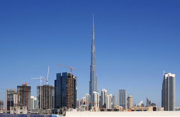 640px-Dubai_skyline_(2)