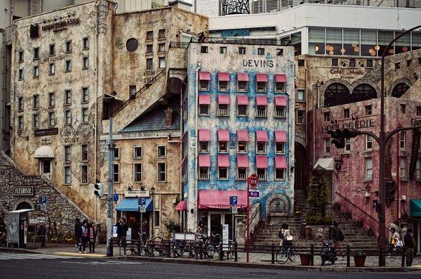 神戸にあるらしいこのヤバそうな建物って何なの?