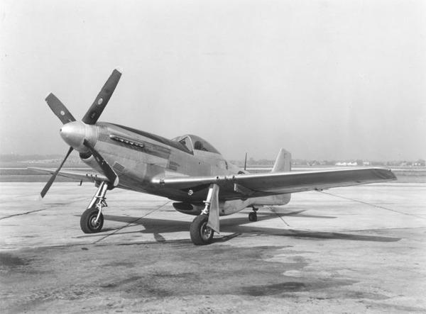 800px-P-51D
