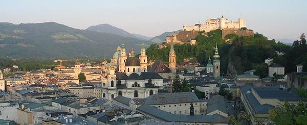 800px-Salzburg
