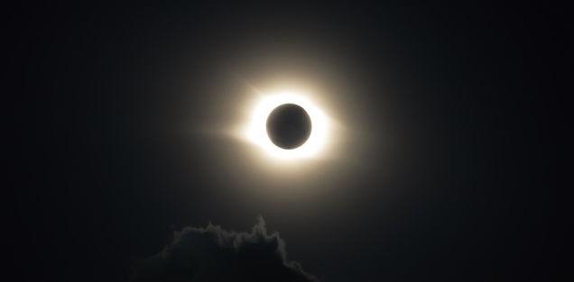 太陽が1秒消えるとどうなるの?