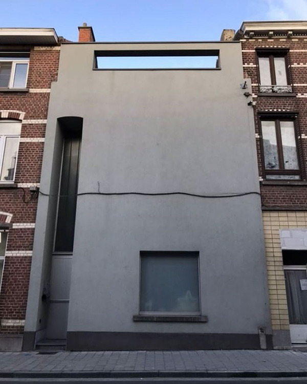 ugly-belgian-houses-51-5cab0a896203a__700