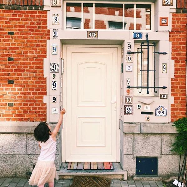 ugly-belgian-houses-35-5cab0a5e8b22e__700