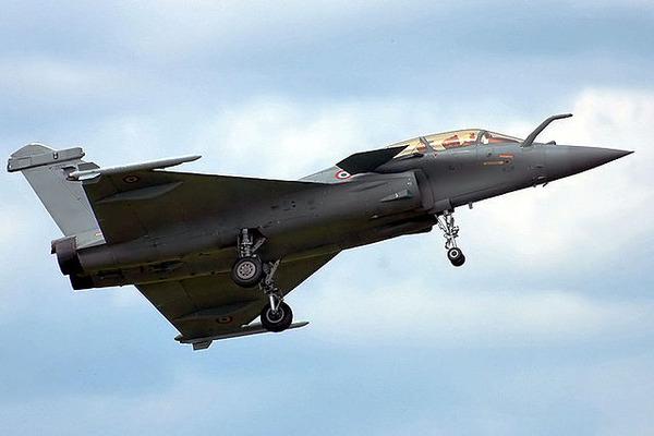 640px-Dassault_Rafale_B