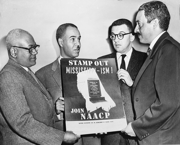 744px-NAACP_leaders_with_poster_NYWTS