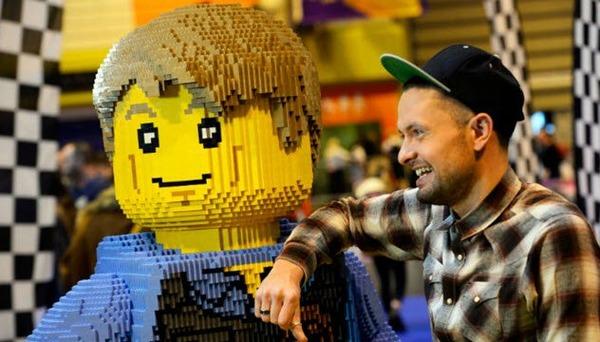 3-lego-master-builder