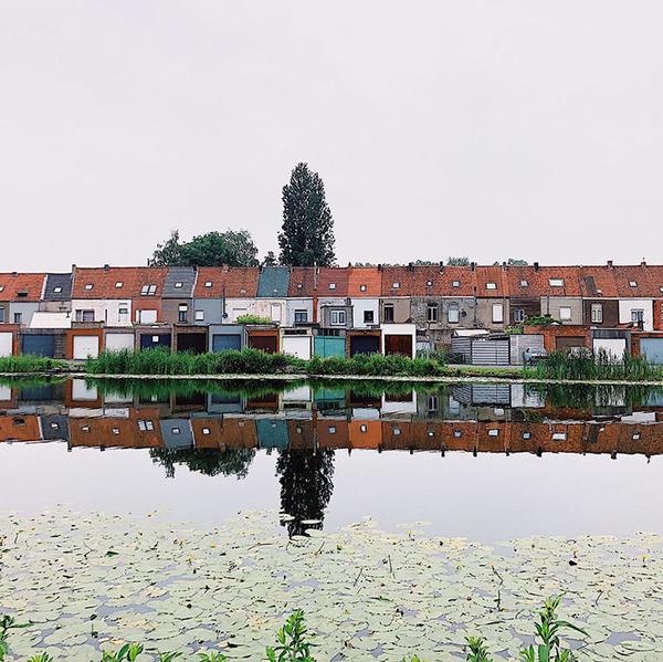 ugly-belgian-houses-34-5cab0a5b8ca35__700
