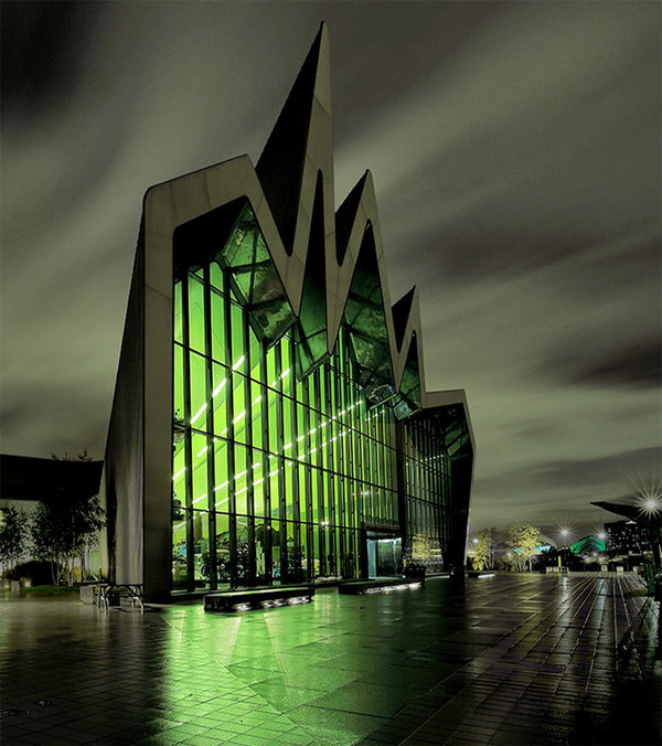 evil-buildings-aggressive-architecture-16