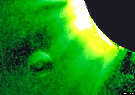UFO_near_the_sun02