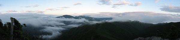 1024px-View_from_Mt.Kobushigatake_07-7