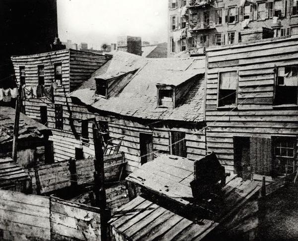 dens-of-death-circa-1888-640x517