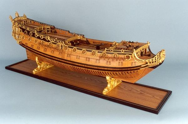 HMS_Sussex_80_model_starboard_broadside