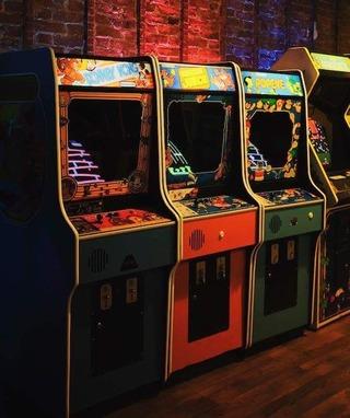 f4f28538a6789ab55312df31d5e86786--arcade-machine-arcade-games
