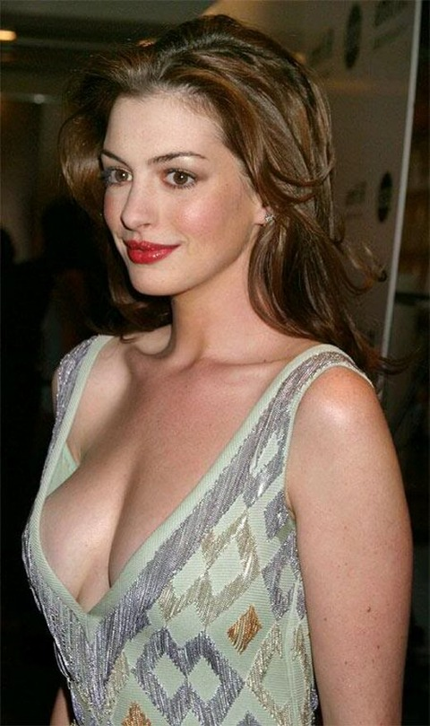 anne_hathaway_nude03(大)