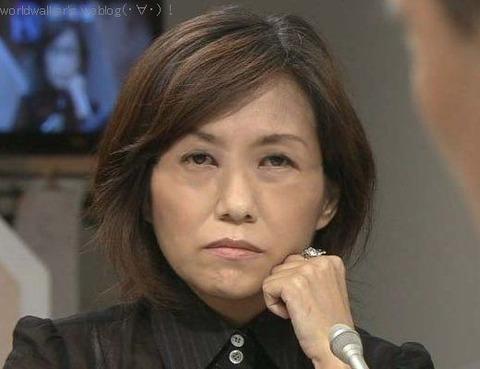香山リカ 「教師が君が代を歌ったら犯罪率は下がるんですか?02trm