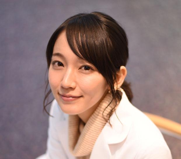 【驚愕】お笑い芸人のネイビーズアフロはじり、吉岡里帆の初恋相手だったと告白!!