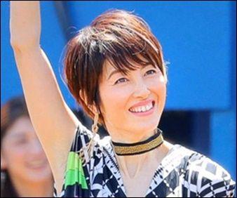 【芸能】荻野目洋子さん、盆踊りにてダンシング・ヒーローを熱唱!!!