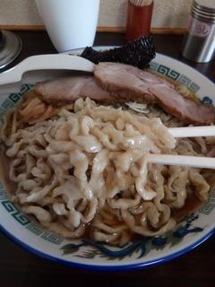 ケンちゃんラーメン 大山支店04
