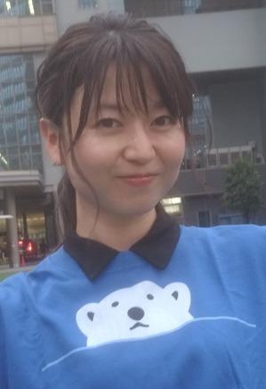 シロクマTシャツ3