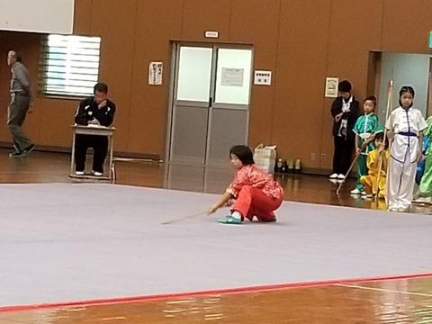 10.初級長器械・女子_濱岡美佳子_800