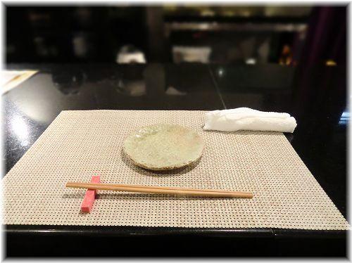 お魚と肉 こだわり居酒屋 だい∥タオルオシボリ・割り箸・取り皿・ランチョンマット∥ (2)