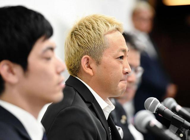 【芸能】平尾昌晃さんの三男、平尾勇気さん父のジャケットで会見、、、遺産を巡る戦い。