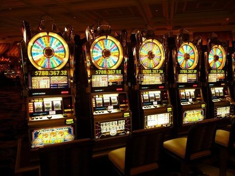 gambling-machine-4926_1920
