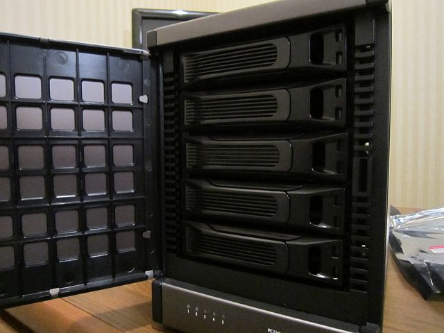 RAID enclosure[5Bay]
