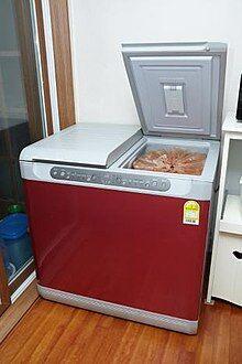 220px-Kimchi_refrigerator