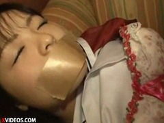 【JCレイプ】睡眠薬クロロホルムで眠らせ動けなくしてJCレイプハメ撮りw