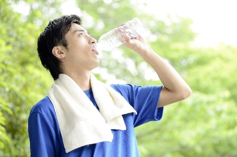 なんで大切なの?水分補給