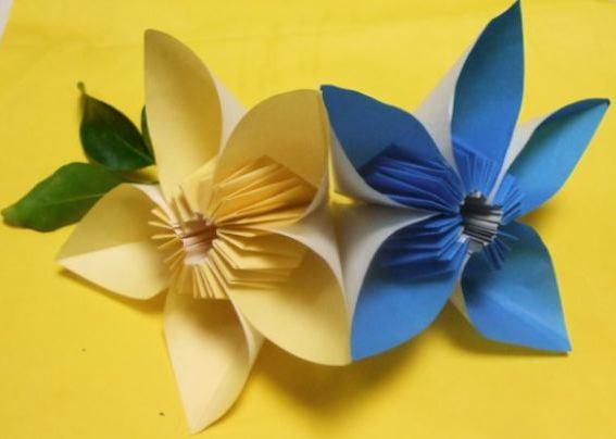 すべての折り紙 バラ作り方 折り紙 : 折り紙 花 美味しいレシピ ...