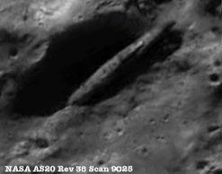 月面アポロ15が見つけた宇宙船