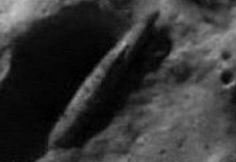 UFO月面基地・建造物写真08