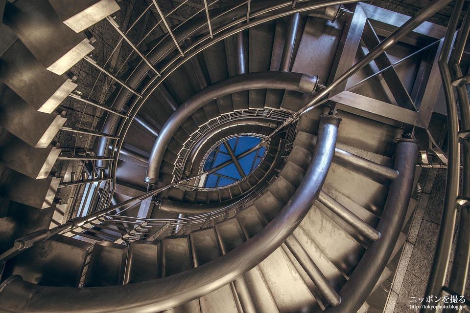 品川の螺旋階段