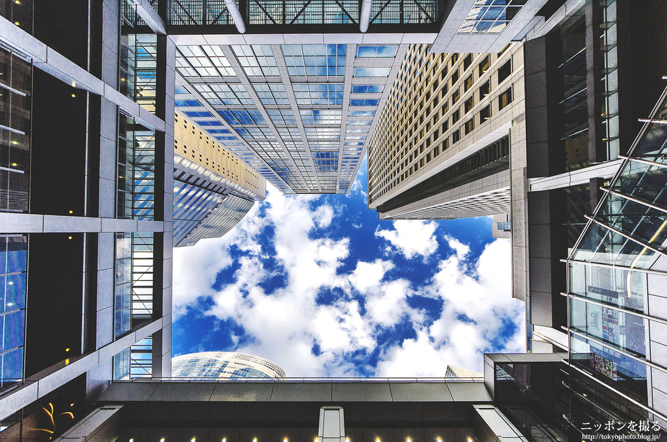 品川_青い空と雲
