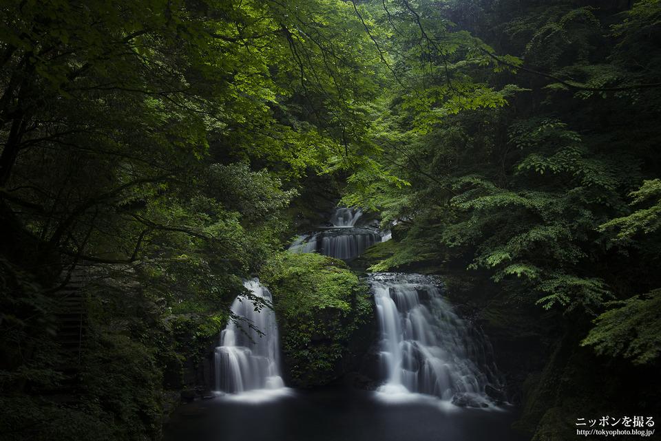 08_まずは定番_滝をサラサラと白く流す