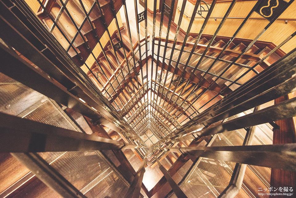 名古屋の撮影スポット_名古屋城_螺旋階段