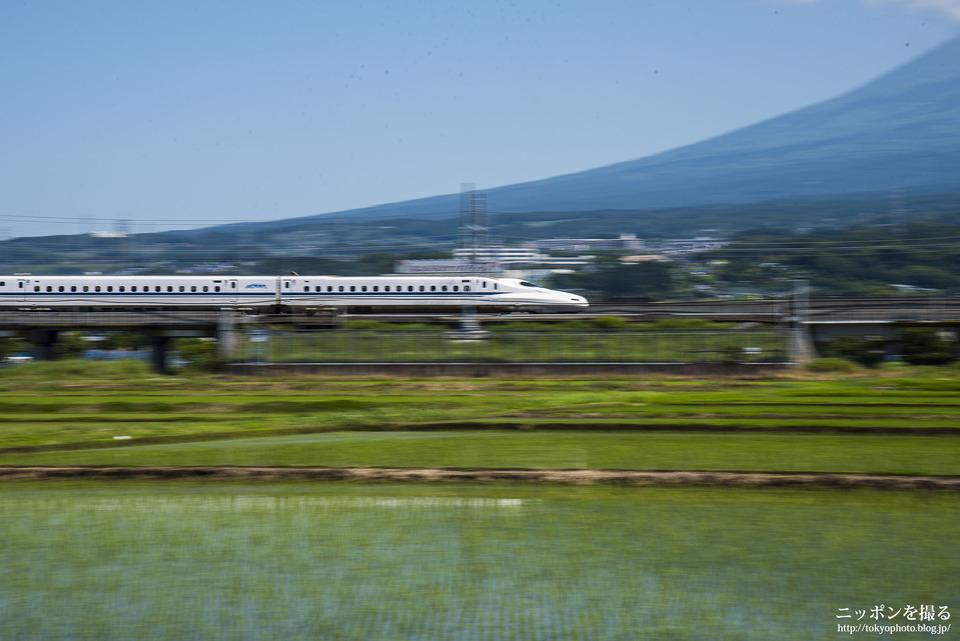 新幹線と富士山_0182