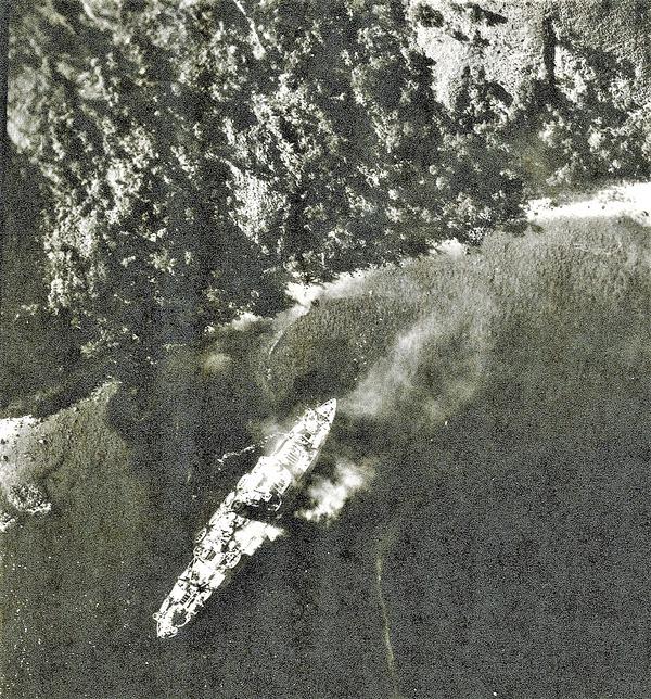 1944 December 14  Oryoku Maru beached