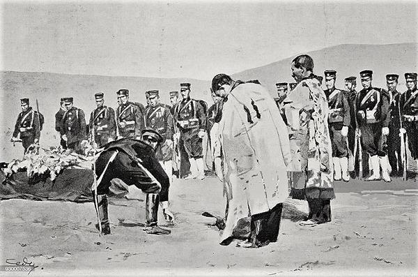 (((戦死したロシア兵、日本人の軍事名誉に埋葬された