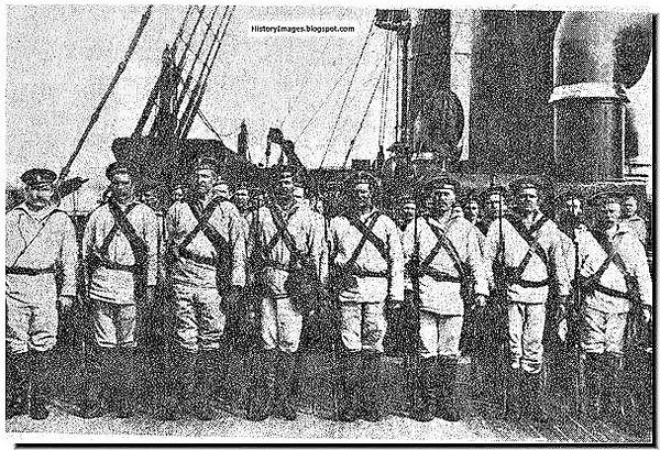 ((R巡洋艦「ルリック」に乗ったロシアの船員