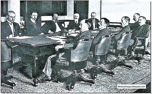 ((ロシアと日本がポーツマス条約に調印