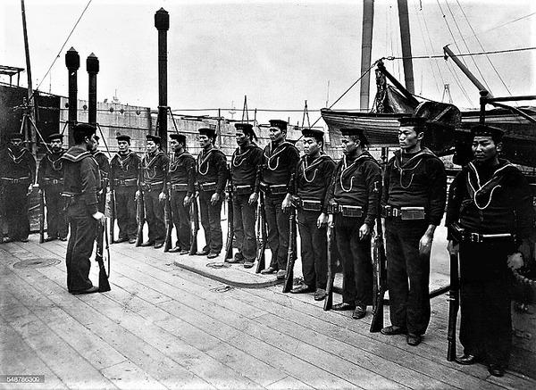 (((1905艦上の日本海兵隊