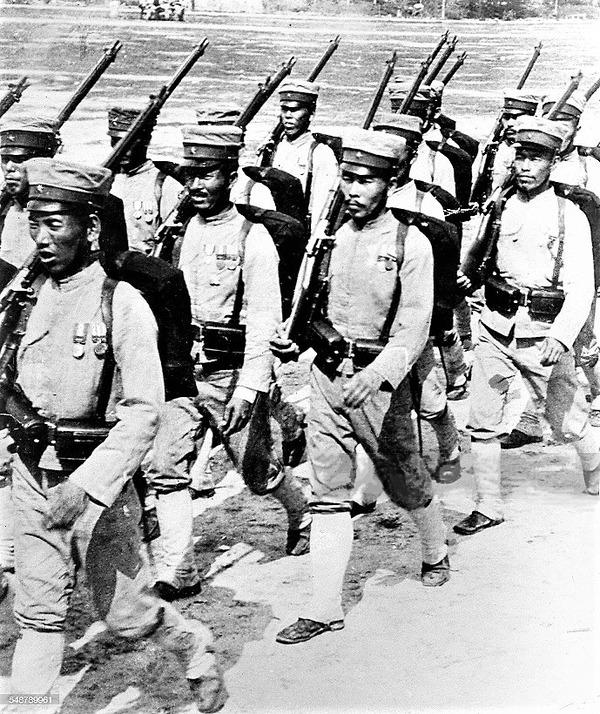 ((((日本兵の行進-1904