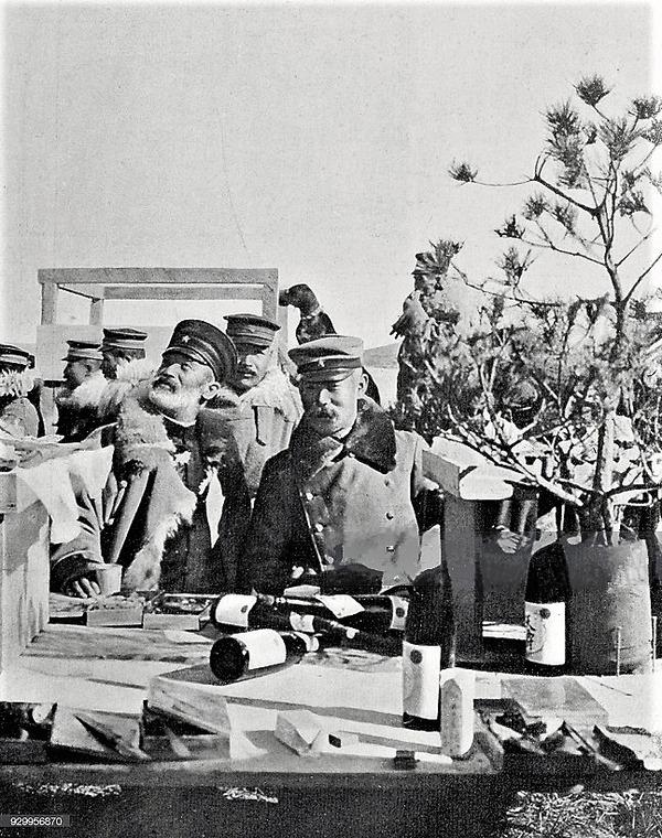 (((エ旅順陥落後のキャンプでの日本軍乃木将軍1905年4月2日