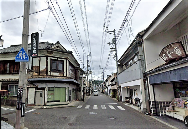 (((本町4・2019(3)