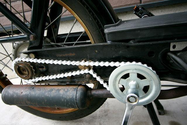 自転車の 自転車 チェーン 錆びにくい : 白いチェーンは派手だけど普段 ...