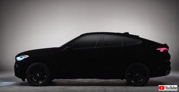 黒すぎてやばい。あの「ベンタブラック」に塗装された超黒BMWがもうすぐお披露目(ドイツ)