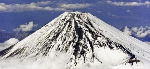 富士山で滑落した男性、ヘリで救助中に落下事故死…遺族が賠償を求めた結果…